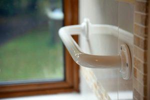 barra de seguridad de baño